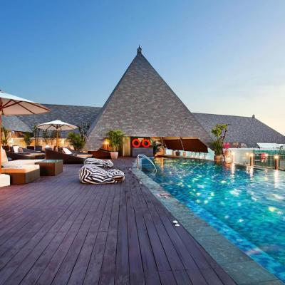 The Kuta Beach Heritage Resort 5* & Royal @ Queen